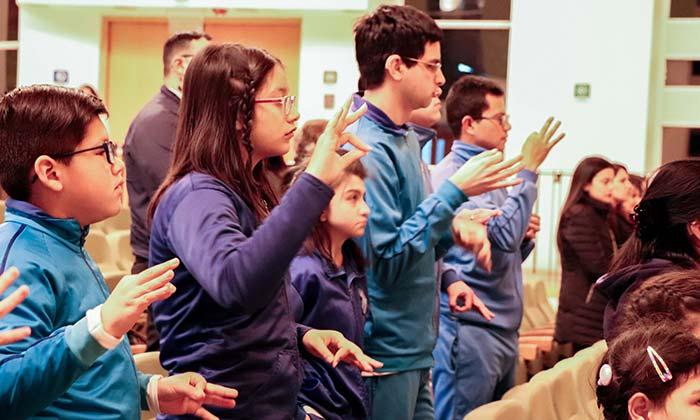 Hospital Regional realiza taller de lengua de señas chilena