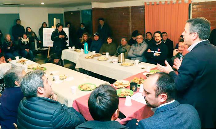Vecinos de Los Lingues mejorarán sus viviendas