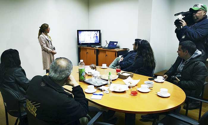 Directora del Sernatur se reúne con prensa regional