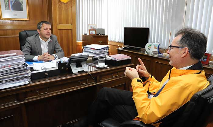 Intendente se reúne con director regional del INDH