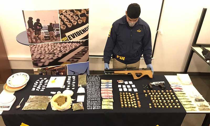 Detienen a dos personas por drogas en Graneros