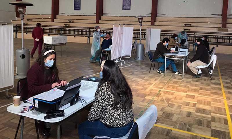 Hospital Pichilemu continúa realizando testeo en comunidad