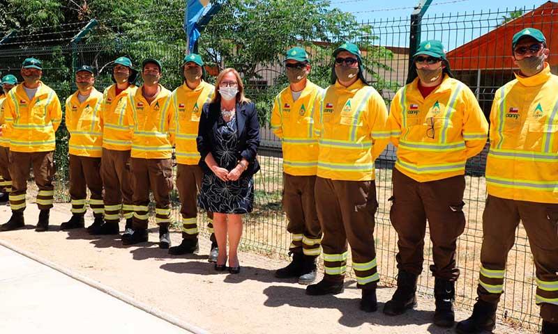Inauguran en Mostazal nueva Brigada Táctica de la Conaf para el combate de incendios forestales