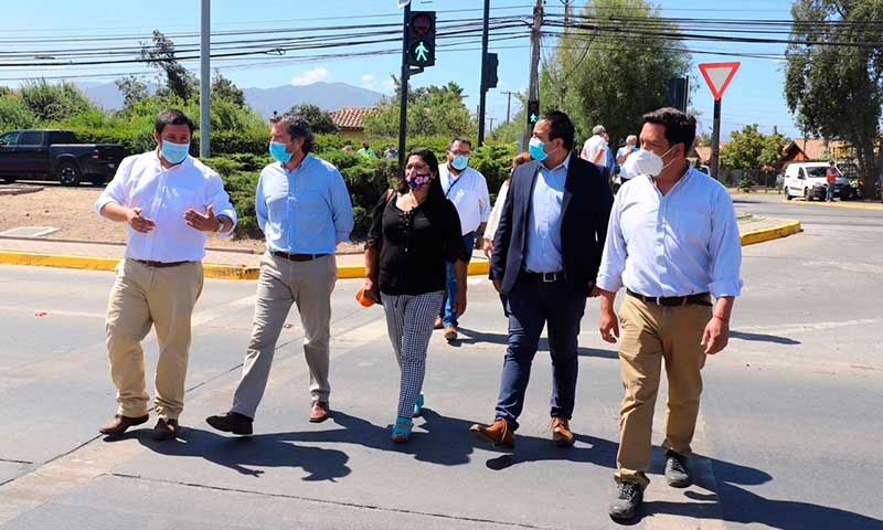 Inauguran semáforo en San Juan con Santa Teresa de Machalí